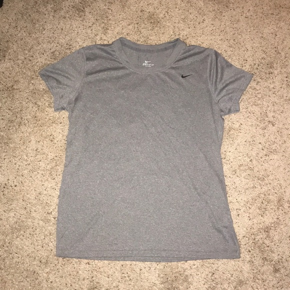 Nike Tops - Nike Dry Fit Shirt